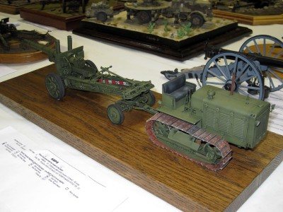 152mm Gun-Howitzer ML-20 and S-65 Stalinets Tractor